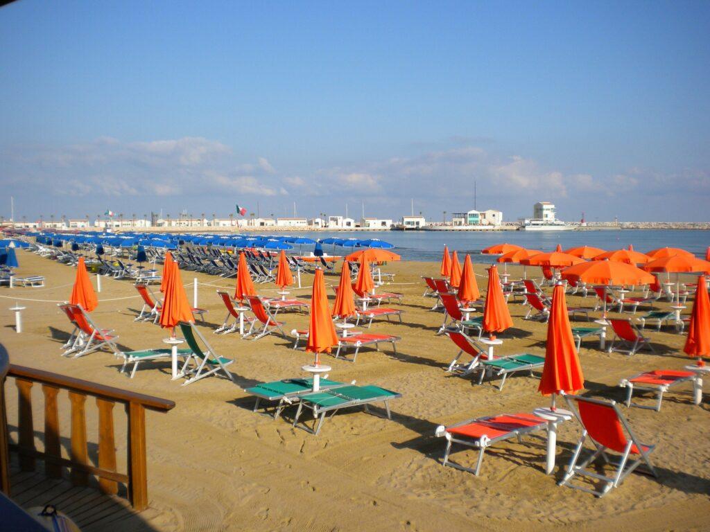 spiaggia rodi garganico hotel